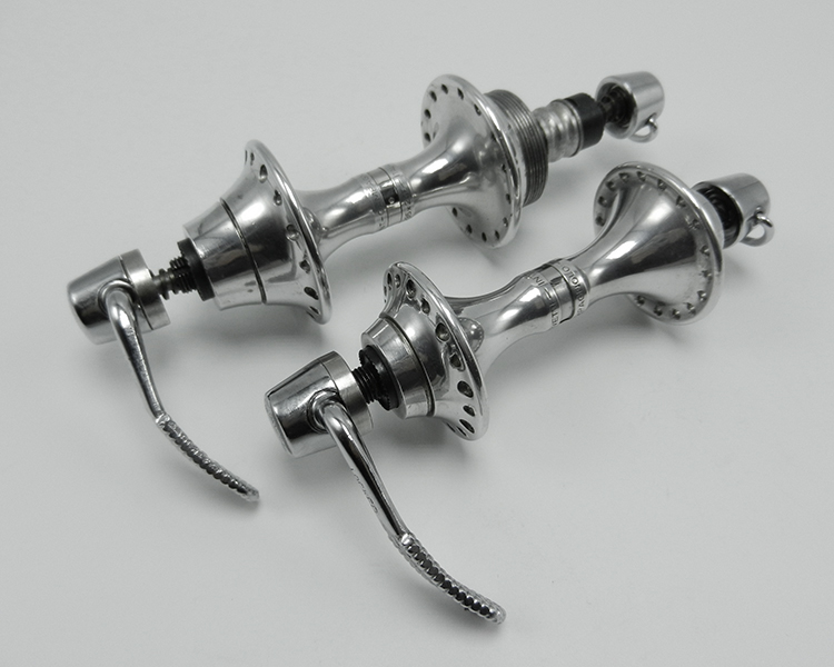 Campagnolo C-Record hubs