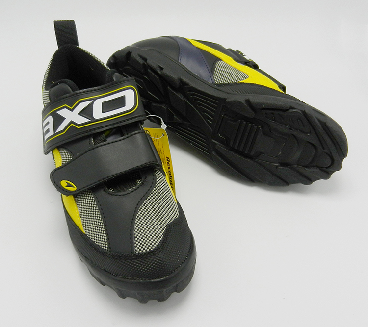 AXO revolution cycling shoes size 29