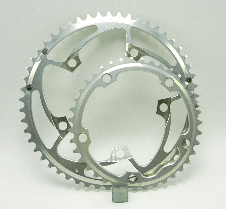 Silver stronglight chainrings
