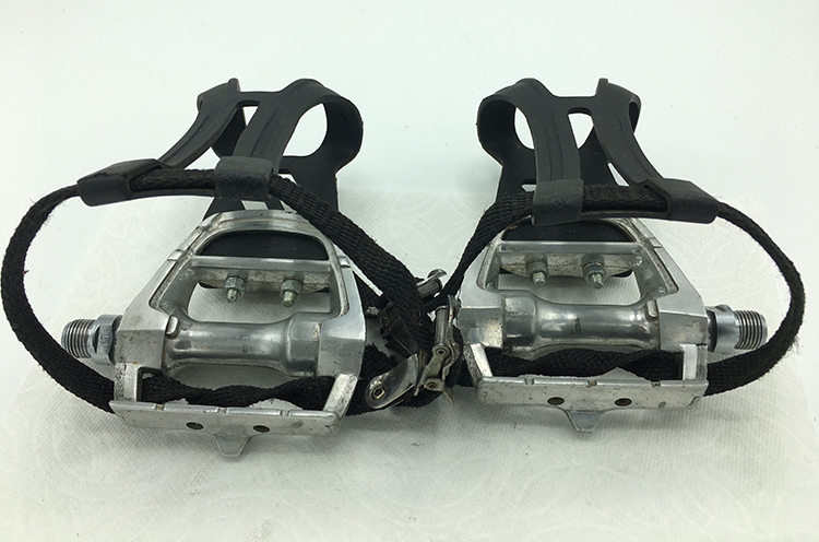 Shimano PT-T100 pedals